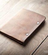 mens-leather-wallet-minimal-bifold_brown-0037