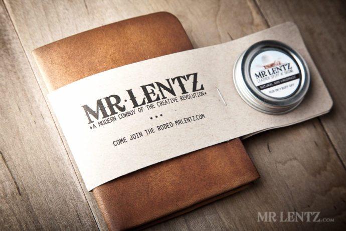 mens-leather-wallet-minimal-bifold_brown-0071
