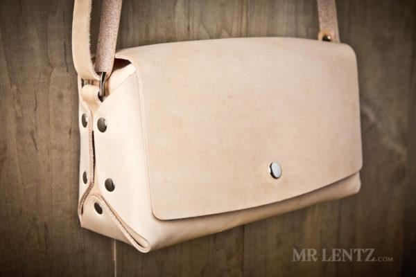 tan leather crossbody purse