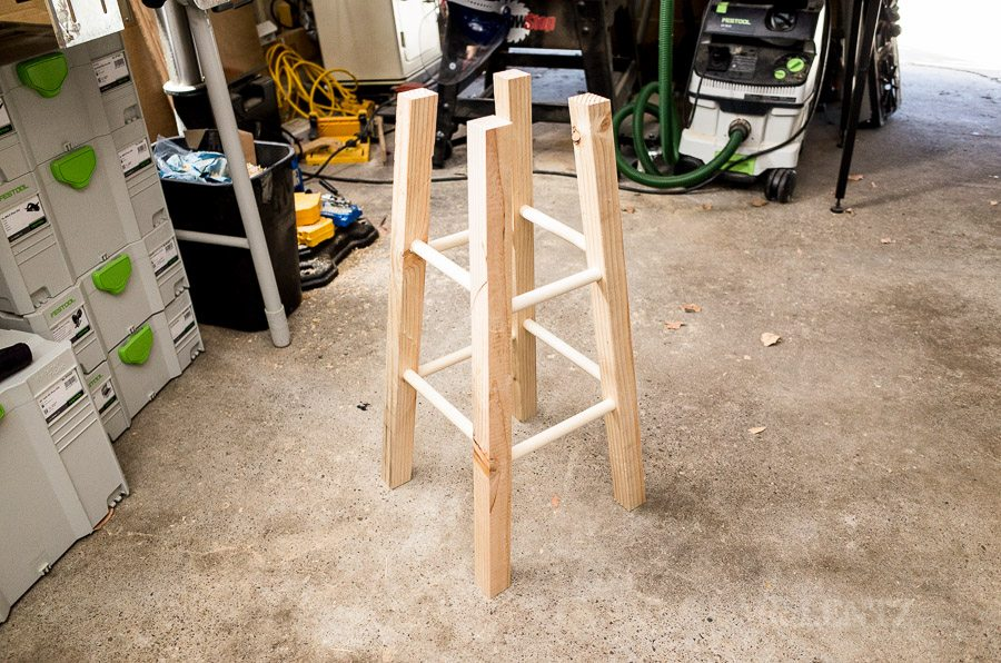 how to make a bar stool diy day 3 mr lentz leather goods