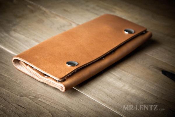 simple womans wallet