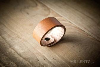 plain leather napkin ring