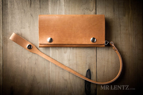 brown trucker wallet with leather belt loop chain