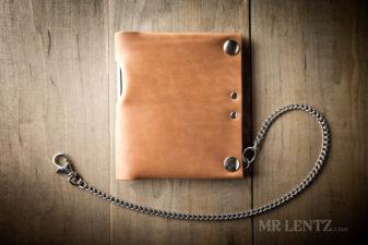 chain travel wallet